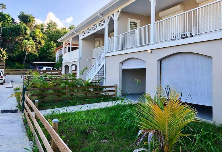 Apartment With one Bedroom in La Trinité, With Enclosed Garden and Wifi - 200 m From the Beach, La Trinite