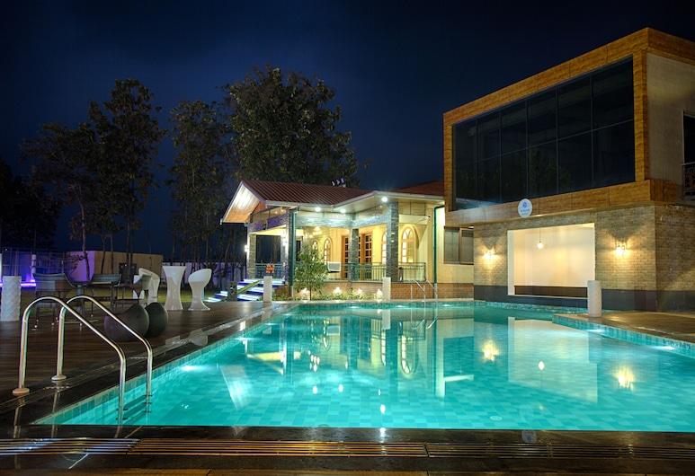 四威達斯酒店度假村, 西里古里, 泳池