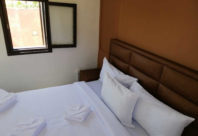 Romouz Kasbah Riad, Marrakech, Standard Double Room, Guest Room