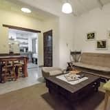Classic Loft - Living Area