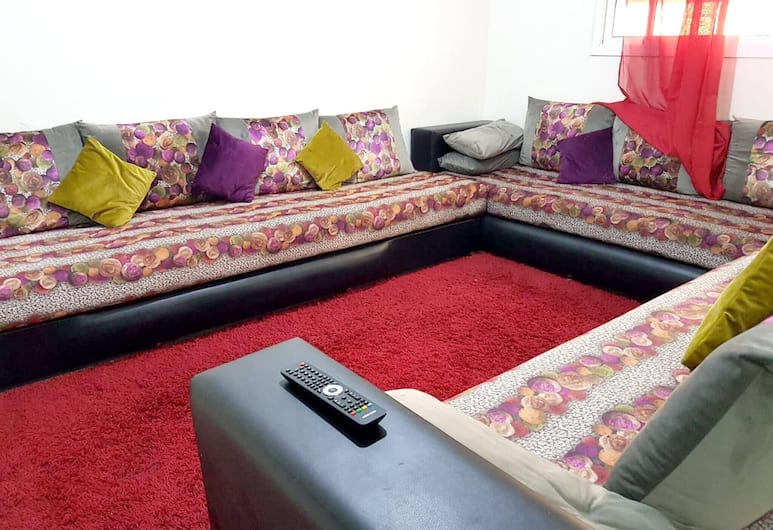 Apartment With 2 Bedrooms in Ville Nouvelle - Fès, With Wonderful City View, Terrace and Wifi, Fes, Living Room