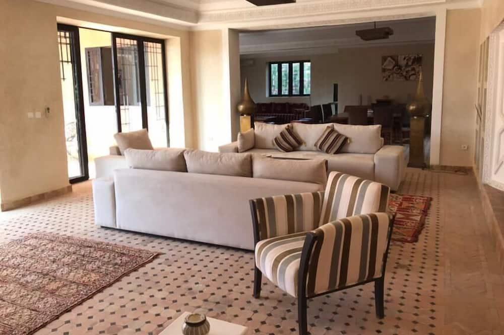 Villa, piecas guļamistabas - Dzīvojamā zona