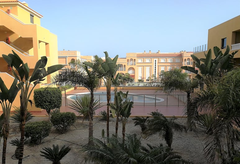 Atalaya Playa piscina terraza y parking, Granadilla de Abona