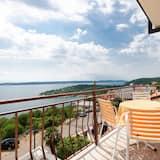 Apartment (A7) - Balcony
