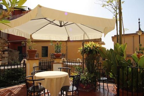 Castelmola-Taormina,