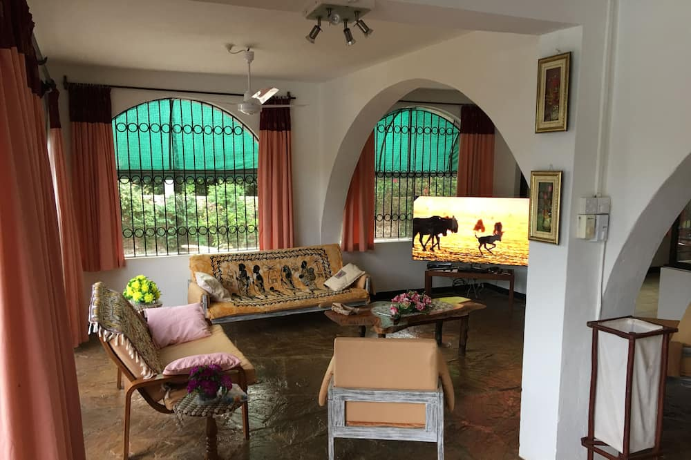 Exclusive House, Multiple Bedrooms, Concierge Service, Ocean View - Ruang Tamu