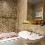 Premium - kahden hengen huone - Kylpyhuone