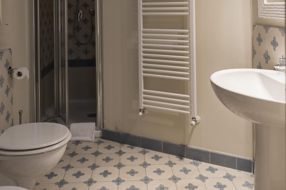 Quarto Duplo ou Twin Económico - Casa de banho