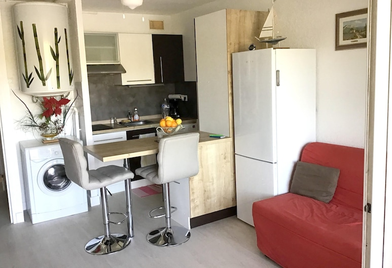 Apartment With 2 Bedrooms in Agde, With Enclosed Garden - 100 m From the Beach, Agde