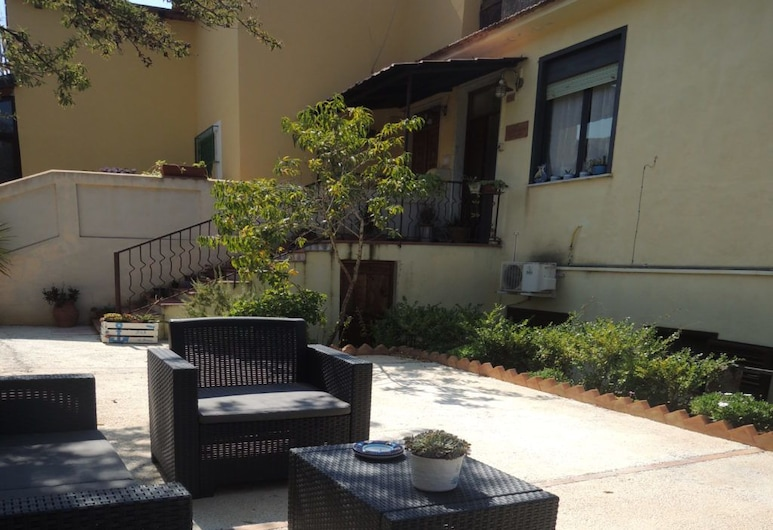 B&B La Menaica , Camerota, Terrace/Patio