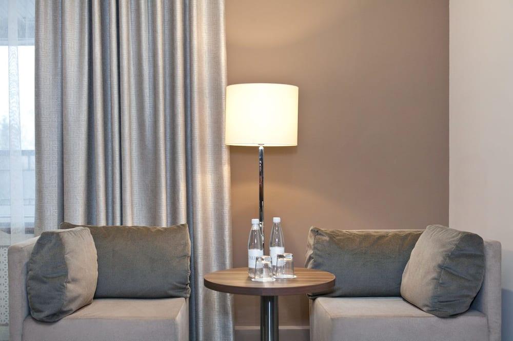 Suite - Guest Room