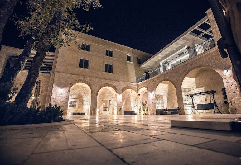 Casal Del Vico, Santeramo In Colle, Πρόσοψη ξενοδοχείου - βράδυ/νύχτα