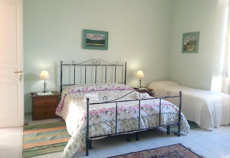 Apartment With 2 Bedrooms in Marsala, With Balcony and Wifi - 4 km From the Beach, Marsala, Apartment, Room
