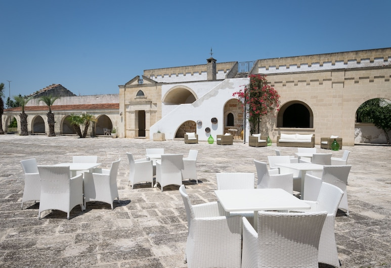 Masseria Mazzetta Salento, San Pankracio Salentinas, Terasa / vidinis kiemas