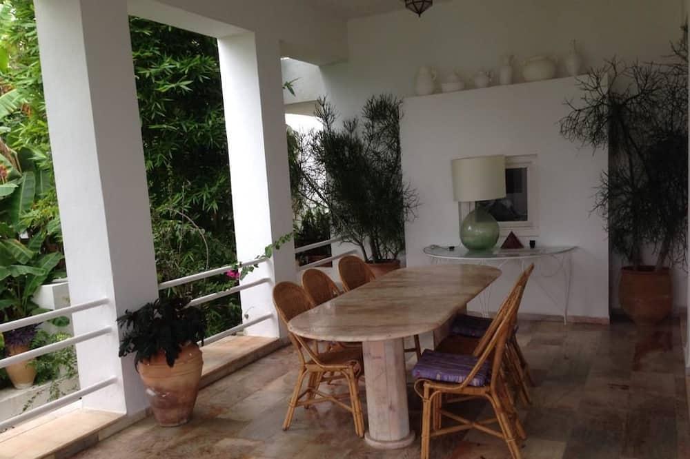 Vila Deluks, 3 kamar tidur - Tempat Makan Di Kamar