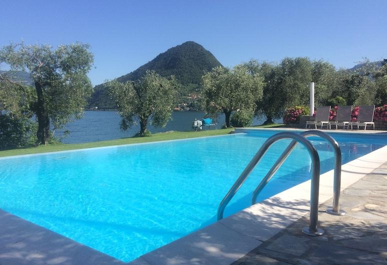 B&B Costa Paradiso Iseo, Sulzano, Outdoor Pool