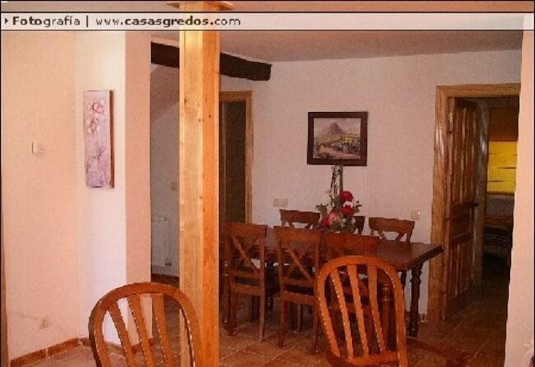 Casa Rural Valdecorneja, Piedrahita, House, 5 Bedrooms, In-Room Dining