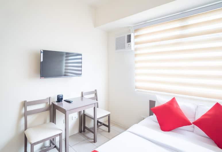 OYO 216 曼達盧永都會裝飾風大樓飯店, 曼達盧永, 豪華雙人房, 客房
