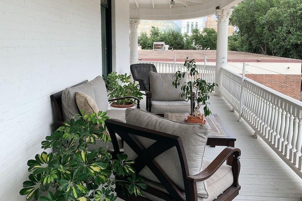 Standard Suite, 1 Katil Ratu (Queen), Non Smoking (Mexican Suite) - Balkoni