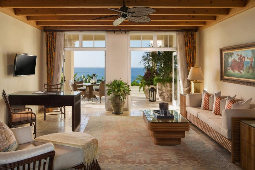 Luxury Suite - Beach/Ocean View