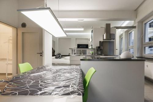 Apartment11/