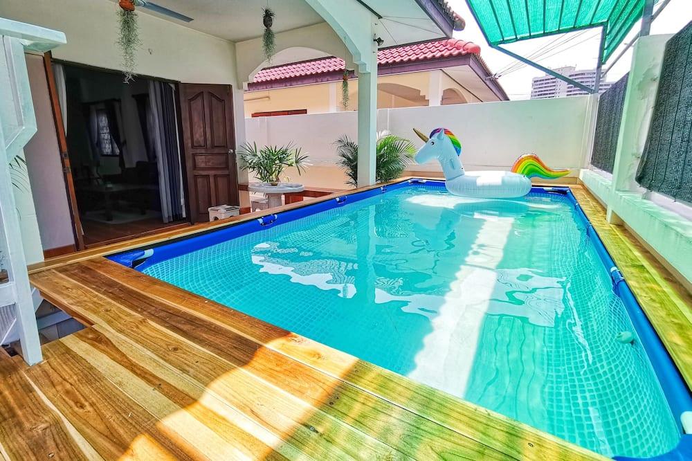 House, Pool View - Imej Utama