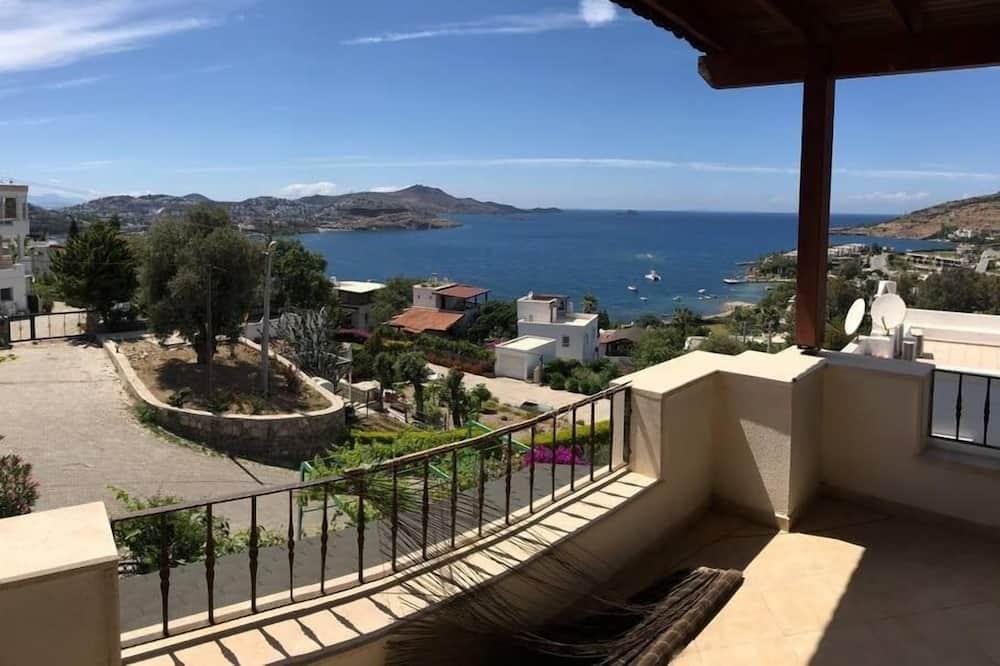 Panoramic Apartment, 2 Bedrooms, Balcony, Sea View - Balcony