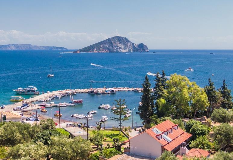 Eptanisos Beachfront Suites Zante, Zakynthos, Property Grounds