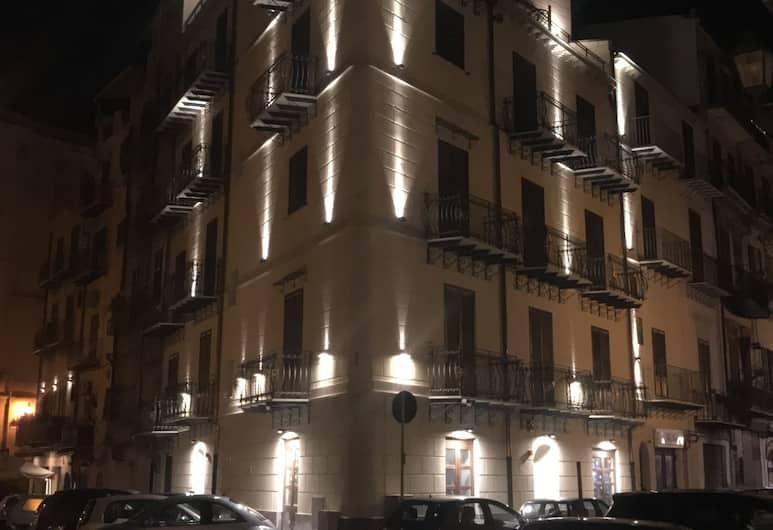 La Serenissima Hotel, Palermo, Esterni