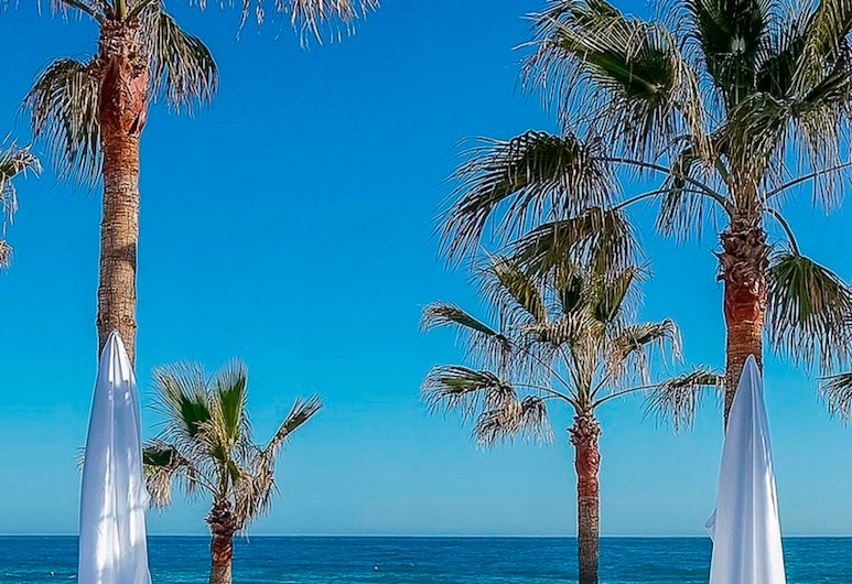OleHolidays Villa Mediterranea Urb. Sierra Blanca, Marbella, Beach