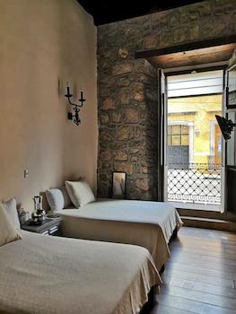 תמונה של Hotel Cantera Rosa במורליה