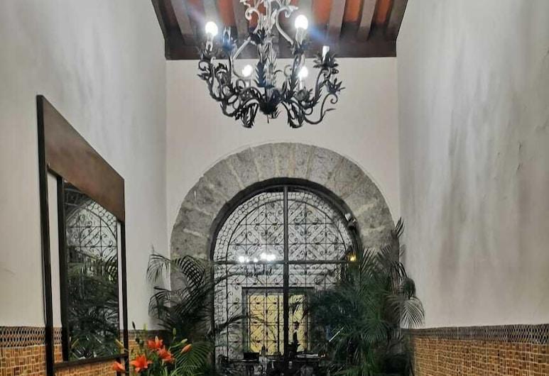 Hotel Cantera Rosa, Morelia, Recepcia