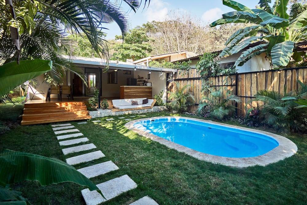 Huoneisto, 2 makuuhuonetta (Flamingo) - Yksityinen uima-allas