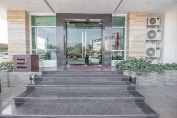 望加錫OYO 1114 登帕薩望加錫飯店的相片