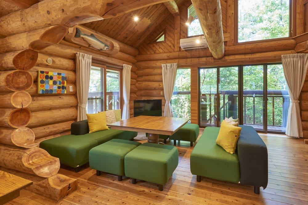 Cottage No.5 Log House - Living Room
