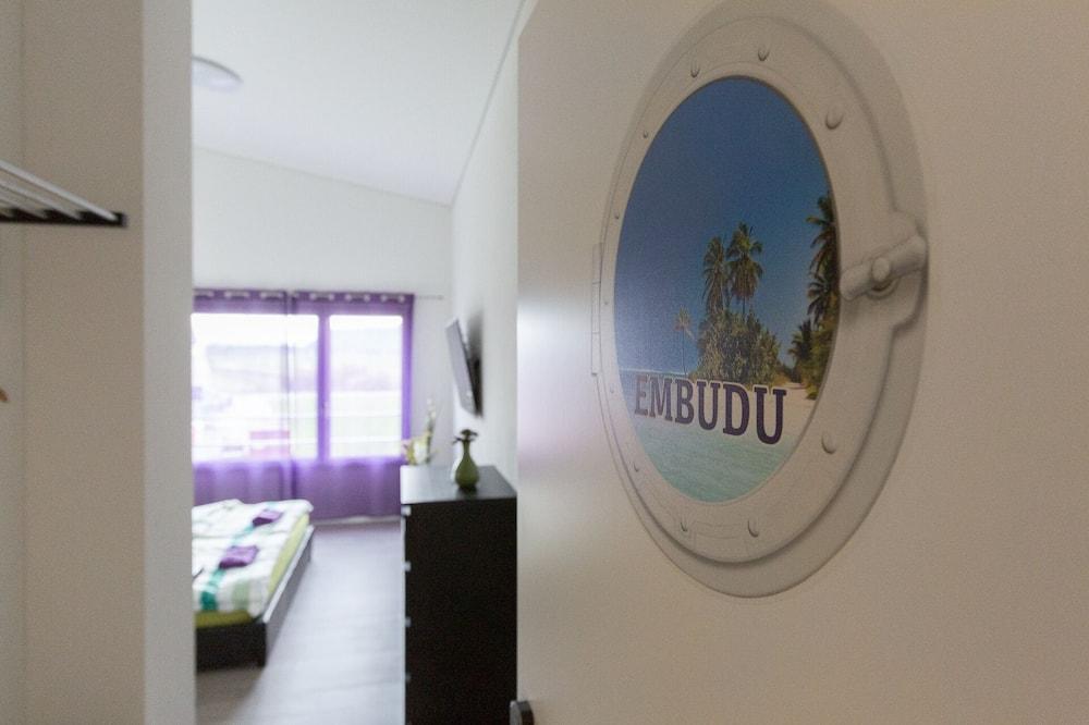Deluxe - kahden hengen huone (EMBUDU) - Oleskelualue