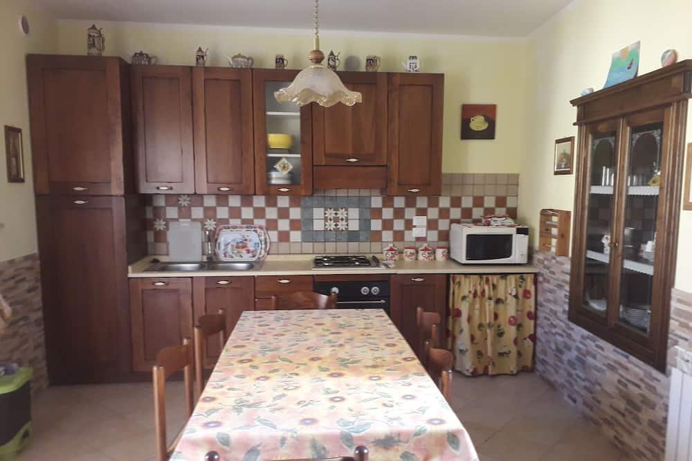 Huoneisto, Pohjakerros - Yksityinen keittiö