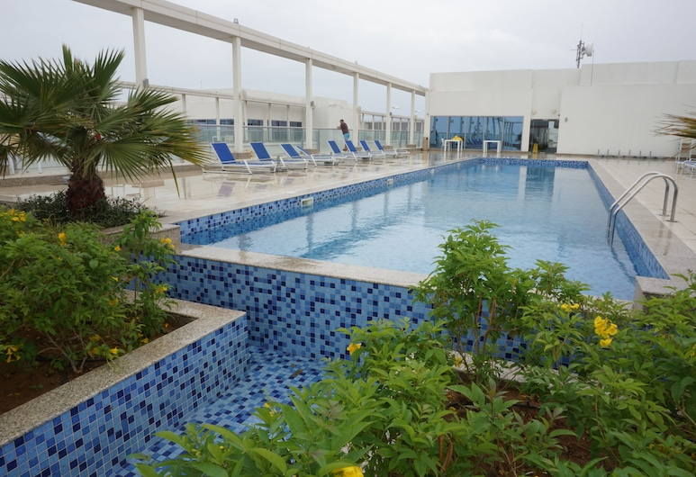 Hutchinview, Ras Al Khaimah, Pool
