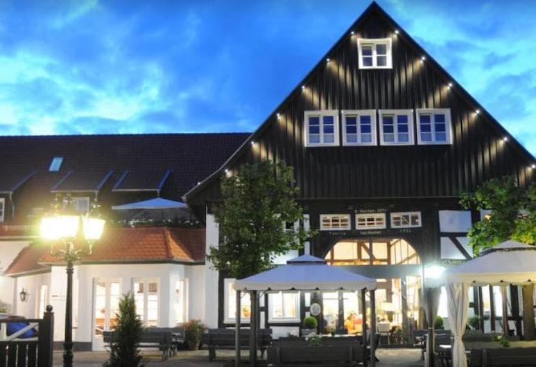 Hotel ten Hoopen, Warburg, Parte delantera del hotel