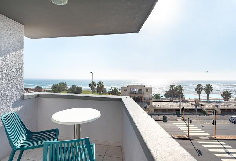Saratoga 304, Cape Town, Premier Apartment, 2 Bedrooms, Balcony