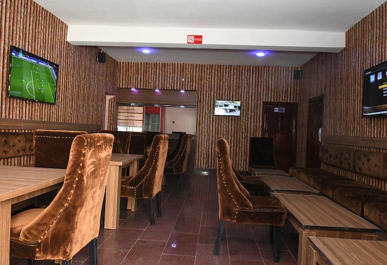Goodview Suites& Apartments, Abuja, Hotelový bar