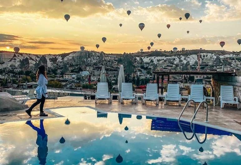 Cappadocia Caves Hotel, Nevsehir, Pool
