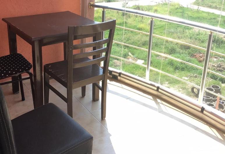 星公寓飯店, 馬爾馬拉埃雷利西, 標準公寓, 1 間臥室, 城市景觀, 陽台