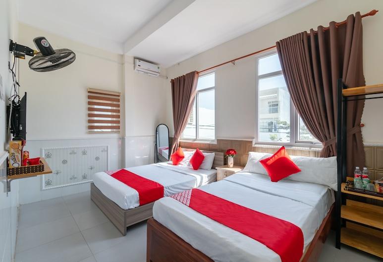 OYO 238 豪華汽車旅館, 峴港, 豪華三人房, 客房