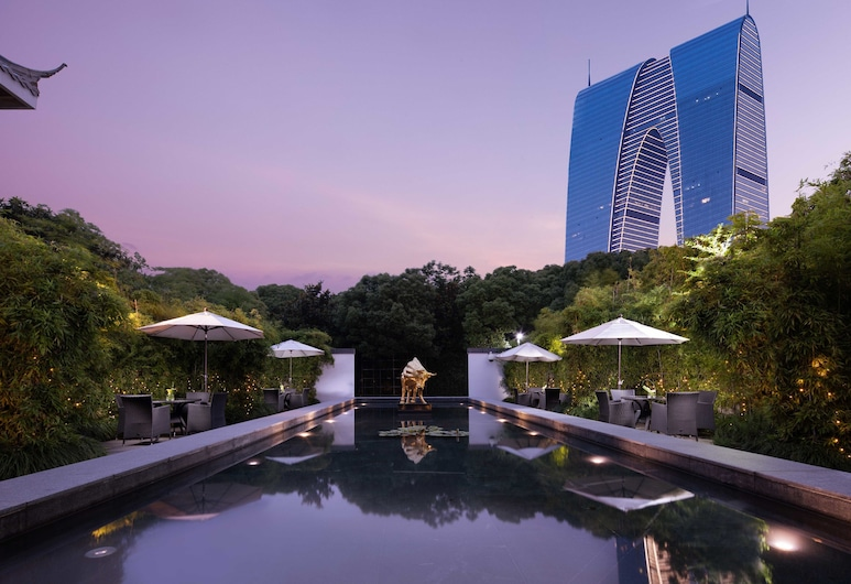 Tonino Lamborghini Hotel Suzhou, Suzhou, Courtyard