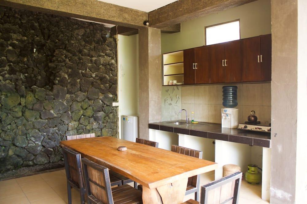 Suite, Garden View - Shared kitchen facilities