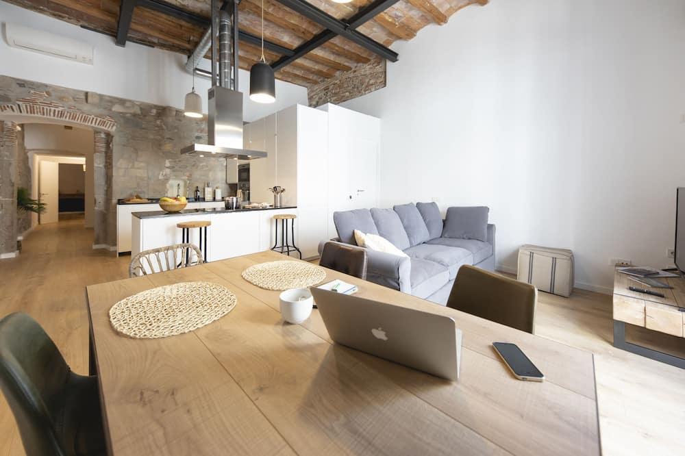 Appartamento, 2 camere da letto, balcone - Area soggiorno