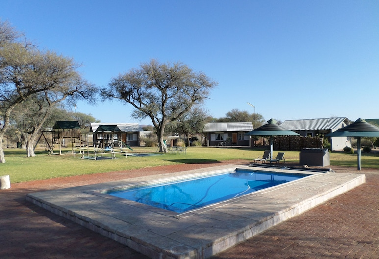 OUT OF Nature Country Lodge, Windhoek, Pool