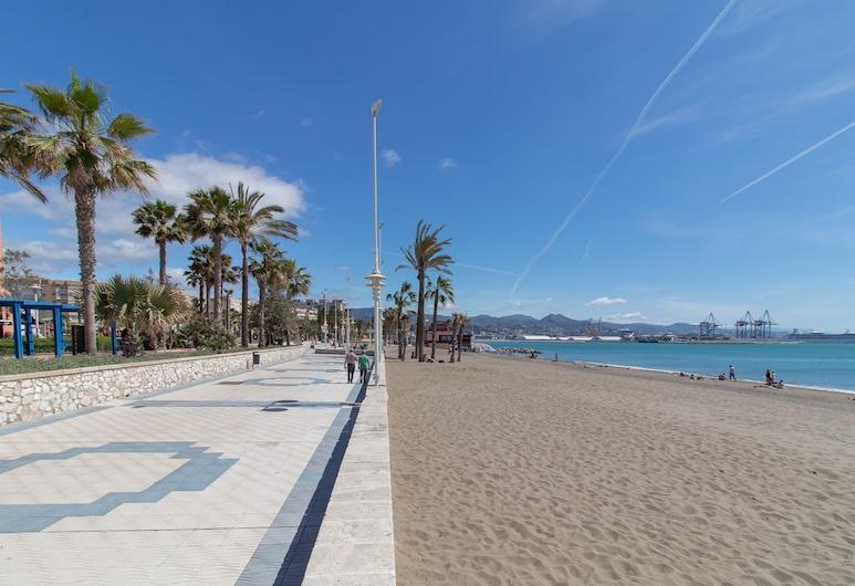 Seafront Malaga Central Apartment, Málaga, Beach