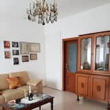Apartment, 2 Bedrooms, Hill View, Courtyard Area - Living Area